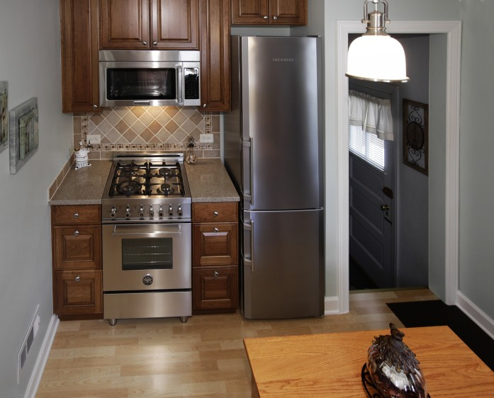 Elmwood-Park-small-kitchen-remodeling-on-a-budget-0003